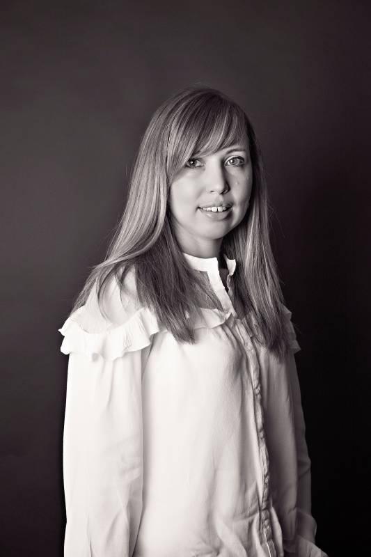 Julie MARSURA - Diplômée premier clerc - Andrier Barralier Moyne Picard Grard
